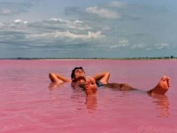 floating-on-lake-retba-the-pink-lake-africa
